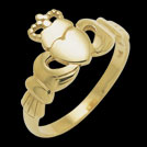 C957 Claddagh yellow gold ring